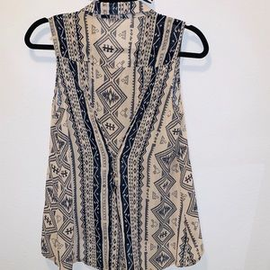 Aztec/western print  Blouse w/gold stud buttons